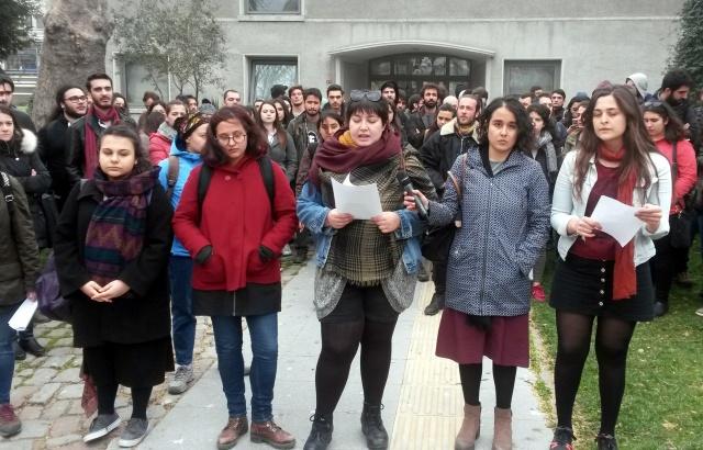 Bilgi Üniversitesi'ne saldırı protesto edildi