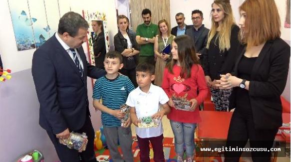 """330 öğrenciye devlet okulunda ücretsiz """"oyun terapi"""""""