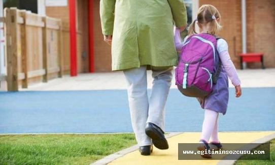 Okula başlayan çocuk neden ağlar?