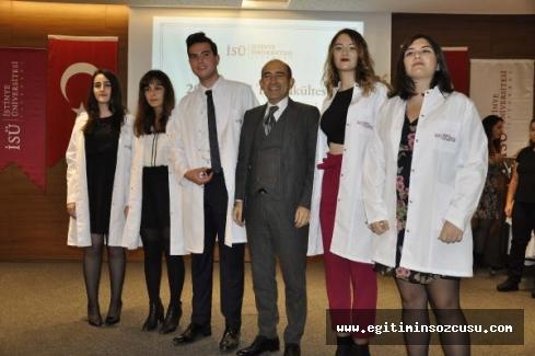 Geleceğin doktorları beyaz önlüklerini giydi
