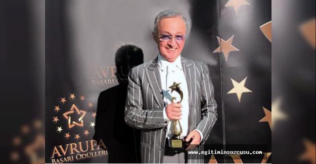 İstanbul Yeni Yüzyıl Üniversitesi'ne Avrupa'dan çifte ödül