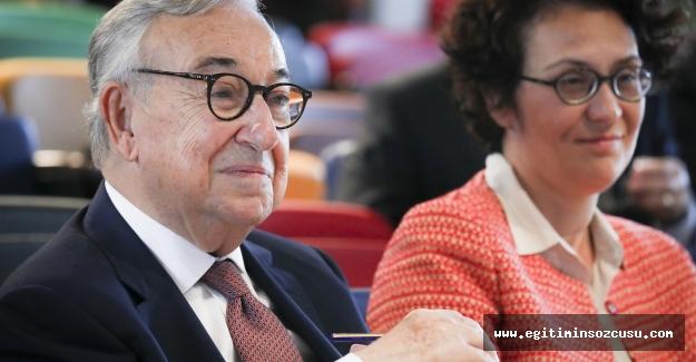 BİLGİ Hukuk Fakültesi'nden Prof. Dr. Münir Ekonomi'ye doğum günü armağanı