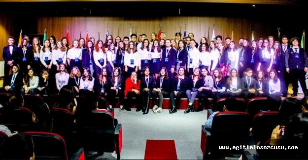 Geleceğin Diplomatları Oğuzkaan Schools JMUN'de buluştu...