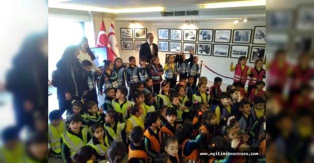 Öğrenciler 'Dr. Fazıl Küçük Ve Millî Mücadele' sergisini ziyaret etti