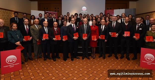TürkEğitimVakfı'ndan Geleceğin Liderlerine 57 Üstün Başarı Bursu