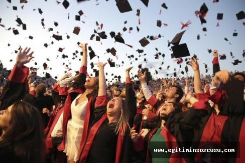 6 bin 500 öğrenci yeni hayatlarına adım attı