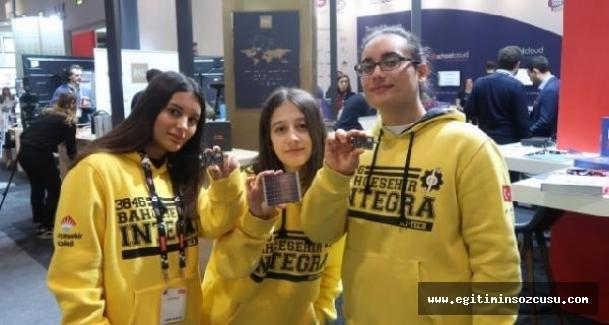 Eğitim teknolojileri fuarında Türk öğrenciler gururlandırdı
