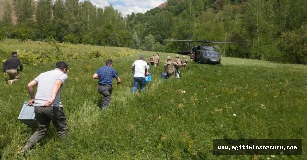 Öğretmenler LGS sınavına helikopter ile gönderildi