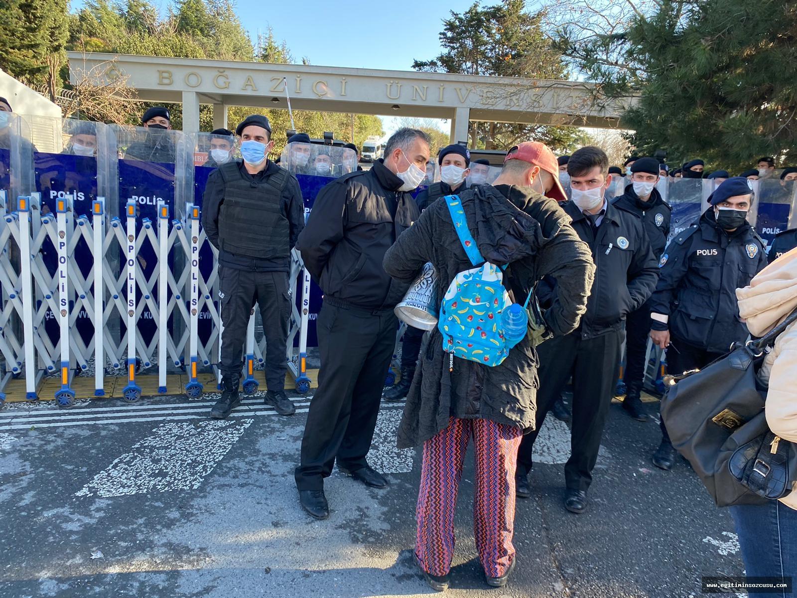 Boğaziçi'nde Rektör protestosuna eylem yasağı!