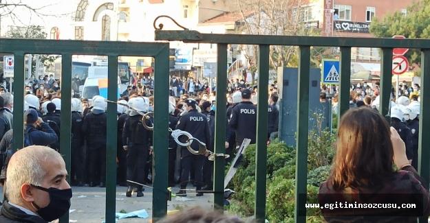Boğaziçi Üniversitesi eylemlerini YÖK masaya yatırdı!