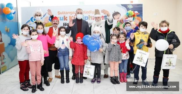 Sultangazi'nin ilk Çocuk Kütüphanesi açıldı