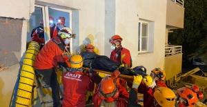 İzmir'deki depremde ölü sayısı 25, yaralı sayısı ise 804 oldu