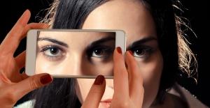 Göz hastalıklarında yeni teknolojiler yüz güldürüyor