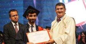 Altınbaş Üniversitesi'nde mezuniyet coşkusu