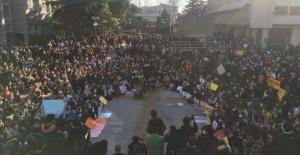 Boğaziçi öğrencilerinden Rektör'e protesto